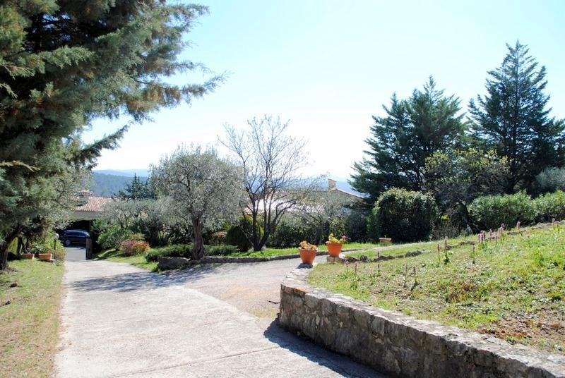 Vente maison / villa Fayence 590000€ - Photo 3