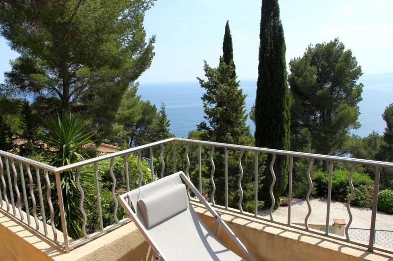 Location vacances maison / villa Cavalaire sur mer 1500€ - Photo 5