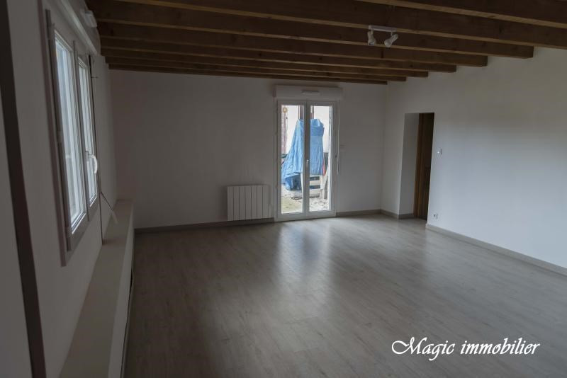Location maison / villa Brion 695€ CC - Photo 3