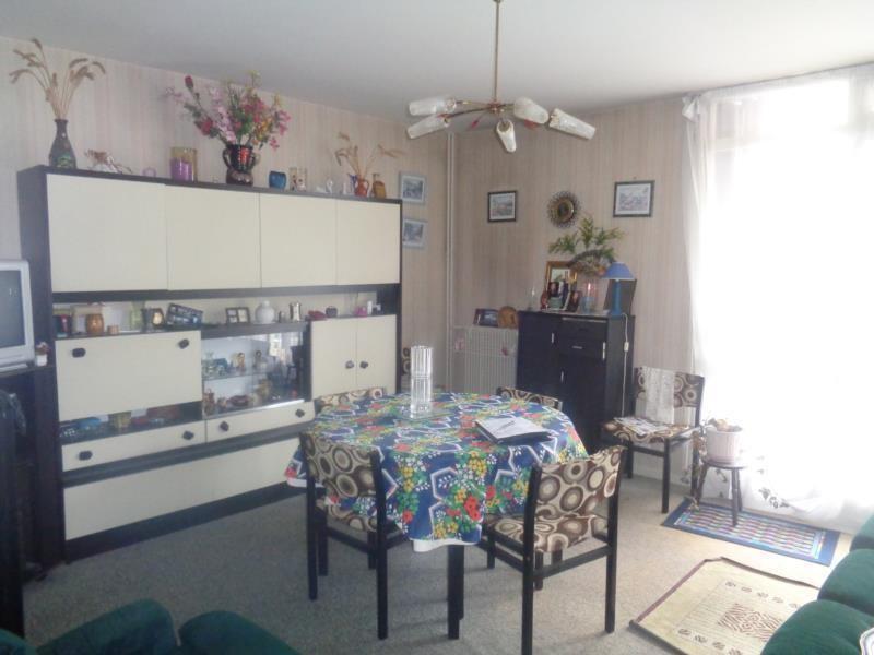 Sale apartment Saint brieuc 51220€ - Picture 2