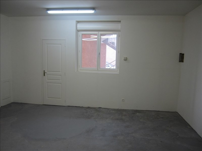 Rental empty room/storage Les avenieres 650€ +CH/ HT - Picture 2