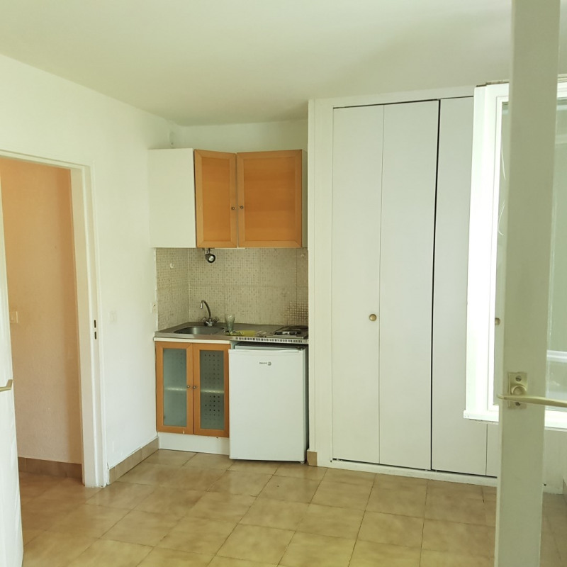 Location appartement Aix-en-provence 460€ CC - Photo 3