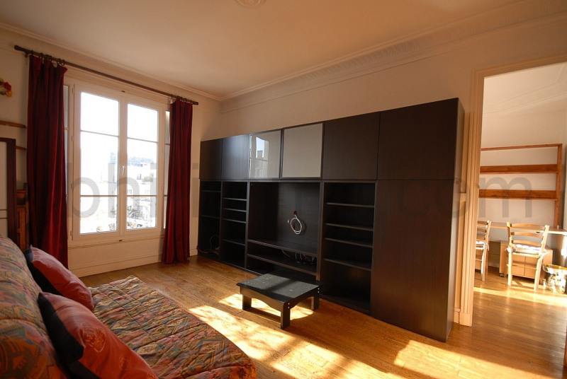 Rental apartment Paris 13ème 1 080€ CC - Picture 3