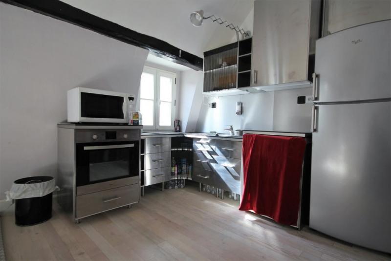 Rental apartment Paris 1er 1490€ CC - Picture 3
