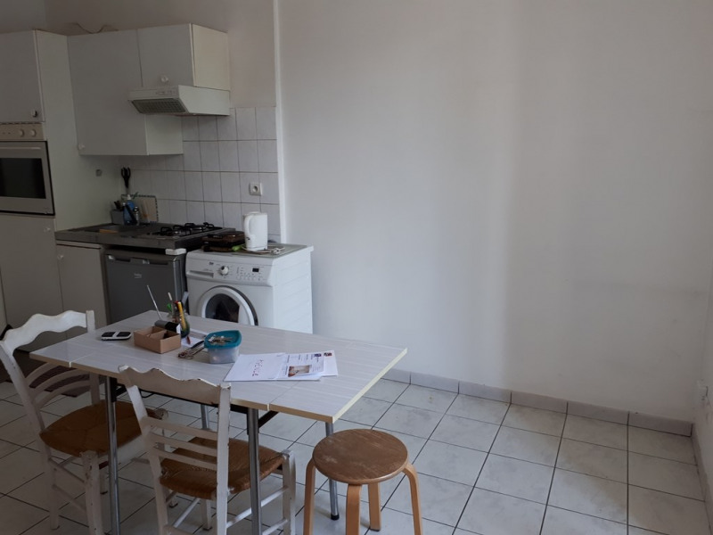Location appartement Annecy 654€ CC - Photo 3