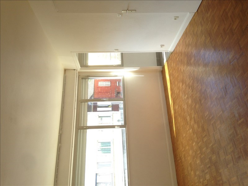Location appartement Courbevoie 685€ CC - Photo 3