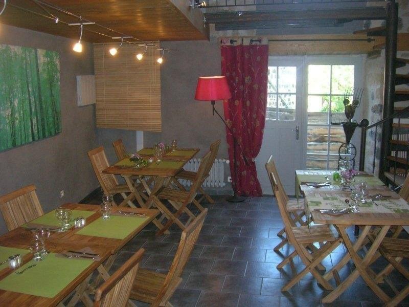 Sale empty room/storage St julien chapteuil 231000€ - Picture 3