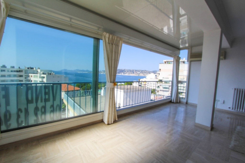 Sale apartment Juan les pins 468 000€ - Picture 1