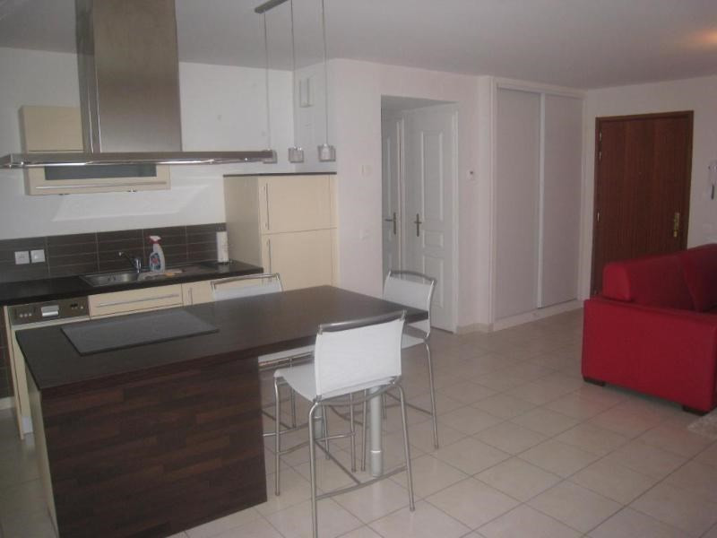 Location appartement La roche sur foron 725€ CC - Photo 2