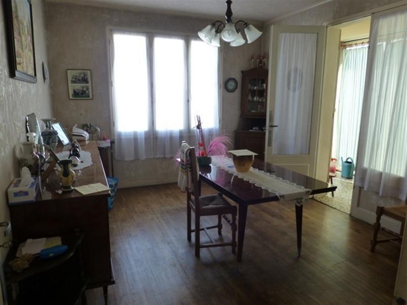 Sale house / villa Saint-jean-d'angély 122000€ - Picture 4