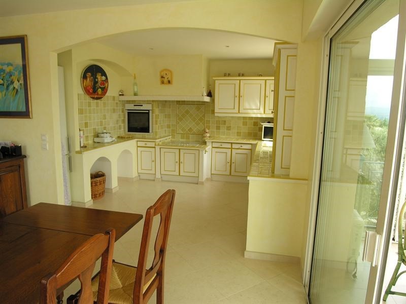 Sale house / villa Saint aygulf 1450000€ - Picture 4