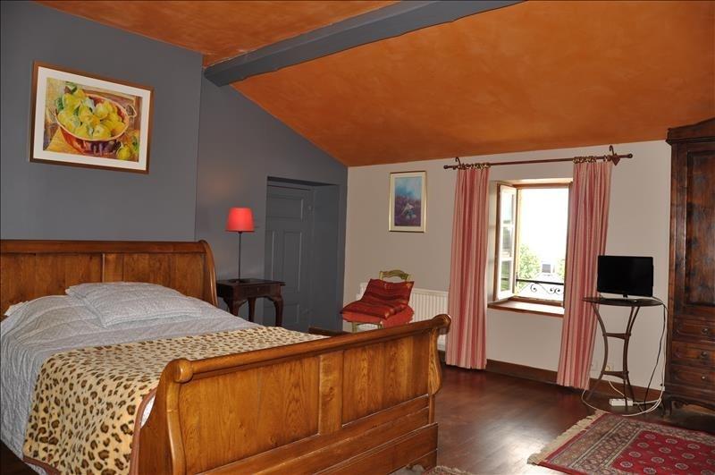 Deluxe sale house / villa Liergues 740000€ - Picture 10