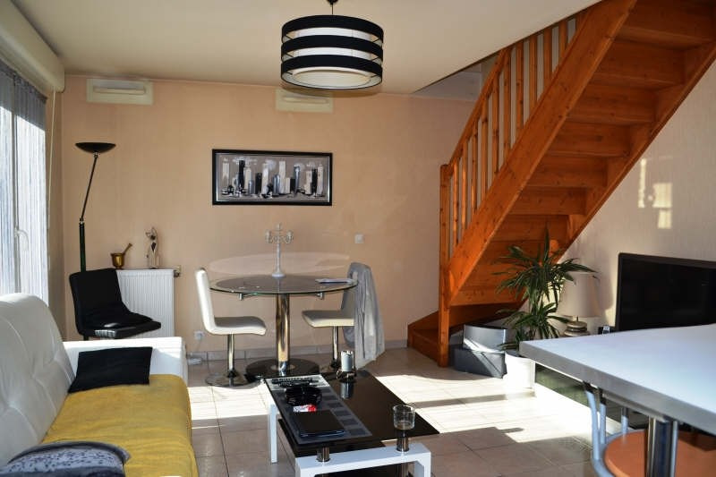 Location appartement Chambery 699€ CC - Photo 1