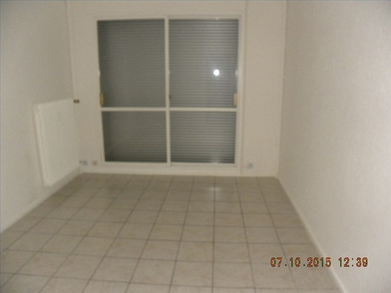 Sale apartment Macon 49 000€ - Picture 2