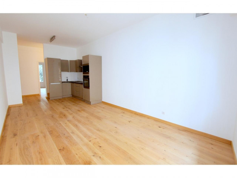 Vente appartement Nice 385 000€ - Photo 1
