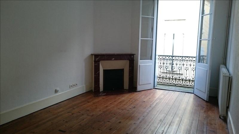 Verkoop  appartement Bazas 90300€ - Foto 1