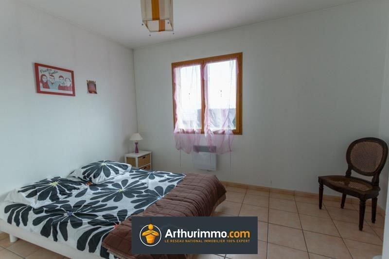 Sale house / villa Morestel 236500€ - Picture 6