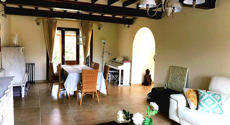Sale house / villa Clinchamps sur orne 299 900€ - Picture 2