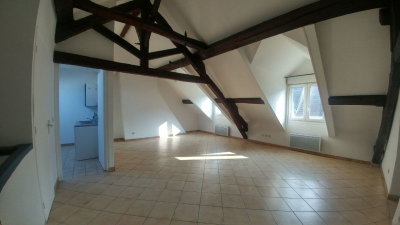 Rental apartment Montlhery 780€ CC - Picture 1