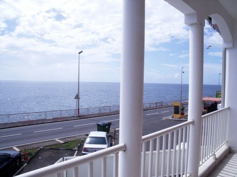 Location local commercial Basse terre 800€ CC - Photo 5