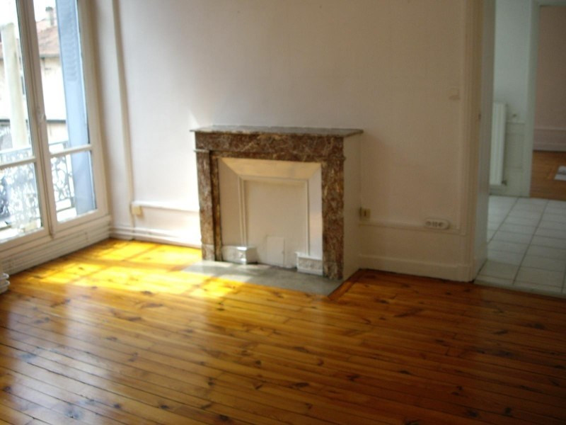 Location appartement Le coteau 450€ CC - Photo 5