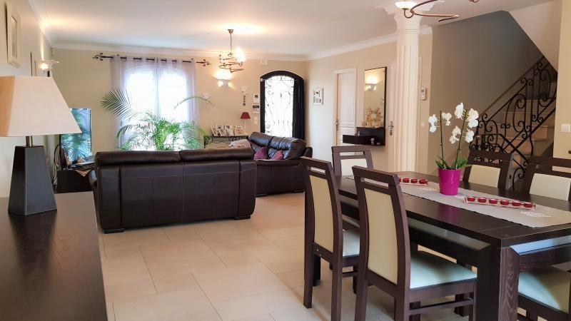 Sale house / villa Ormesson sur marne 550000€ - Picture 3