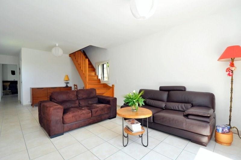 Sale house / villa St cheron 239000€ - Picture 2