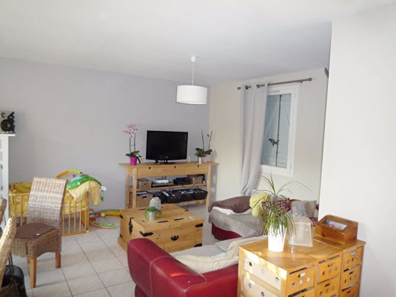 Sale house / villa Foulayronnes 254000€ - Picture 3