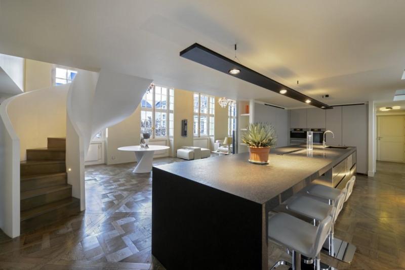 Престижная продажа квартирa Paris 3ème 4950000€ - Фото 13
