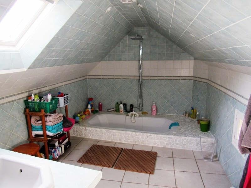 Sale house / villa Breval proche 272000€ - Picture 7