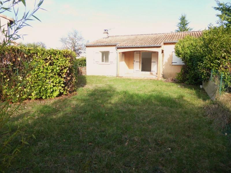Location maison / villa Ruoms 715€ CC - Photo 17