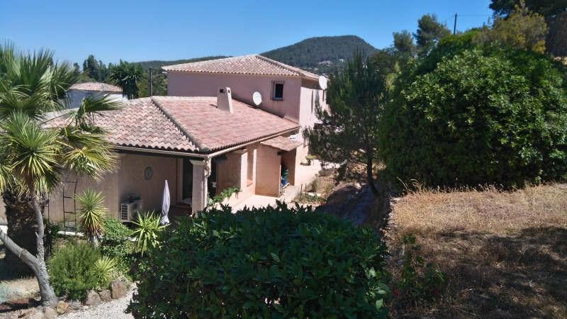 Deluxe sale house / villa Carqueiranne 585000€ - Picture 1
