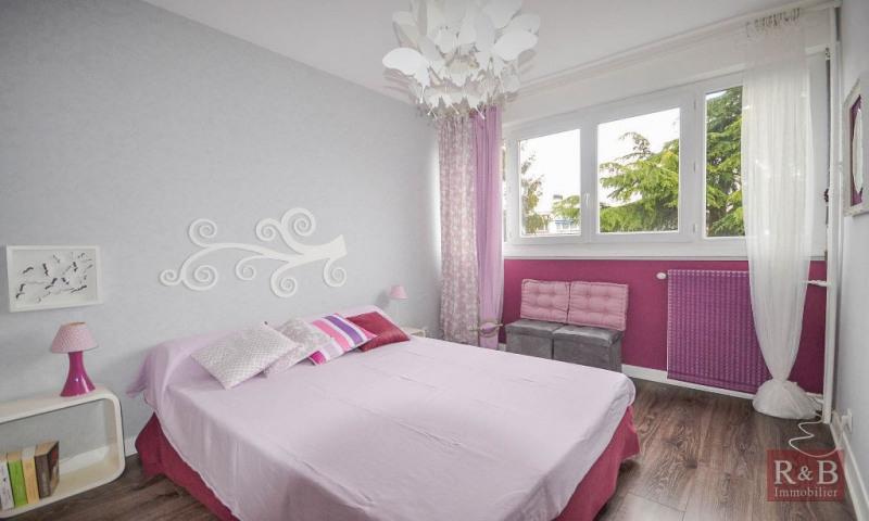 Sale apartment Les clayes sous bois 259500€ - Picture 7