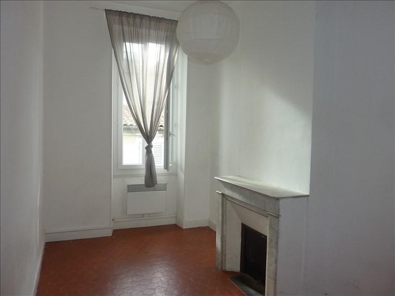 Location appartement Marseille 5ème 940€ CC - Photo 10