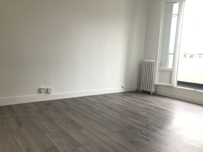 Rental apartment Boulogne-billancourt 953,67€ CC - Picture 1