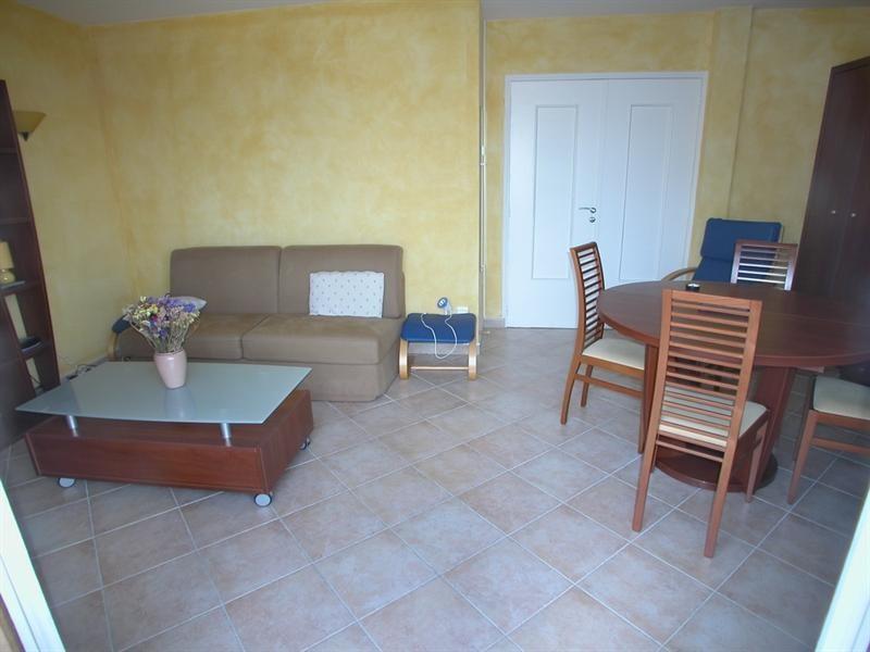 Location vacances appartement Bandol 380€ - Photo 3