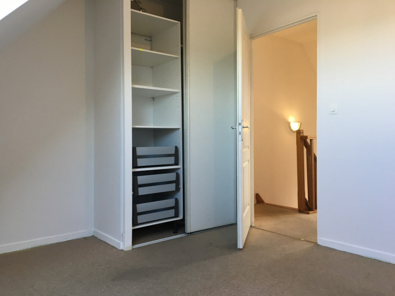 Rental apartment Pierrelaye 738€ CC - Picture 11
