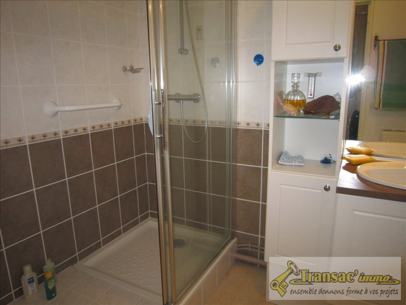 Vente appartement Thiers 76 300€ - Photo 5
