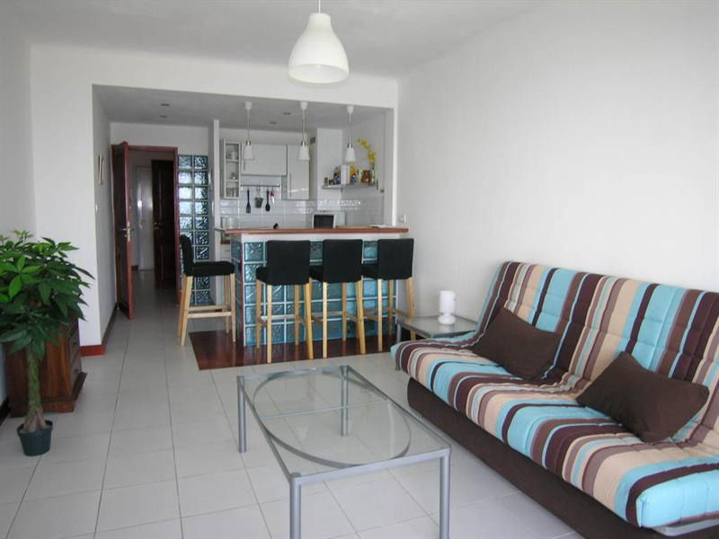 Vacation rental apartment Golfe juan 375€ - Picture 2