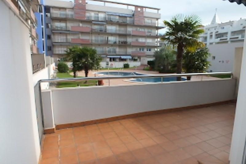 Location vacances appartement Roses santa-margarita 368€ - Photo 13