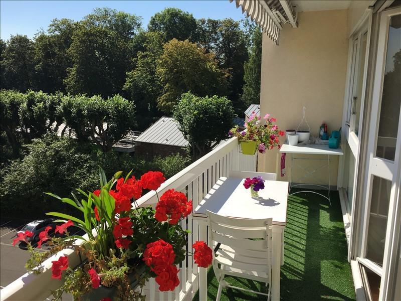 Sale apartment St germain en laye 247000€ - Picture 1