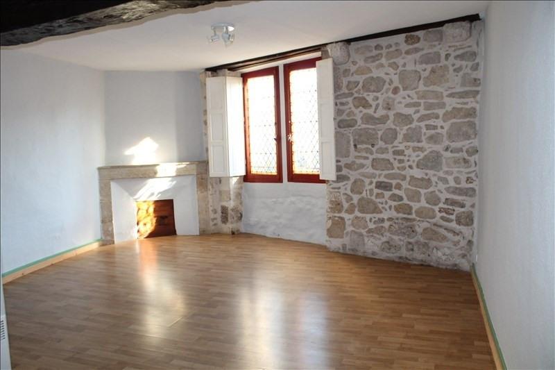 Locação apartamento Bazas 258€ CC - Fotografia 1