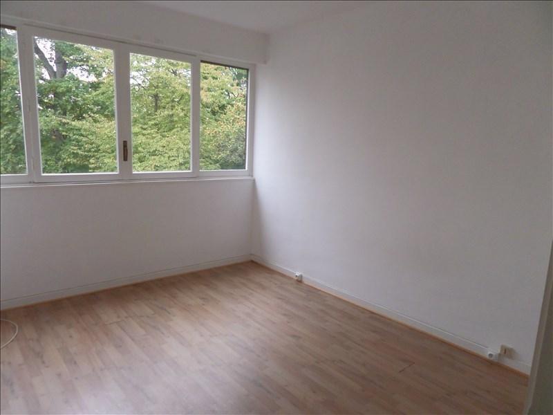 Rental apartment La celle st cloud 1300€ CC - Picture 3