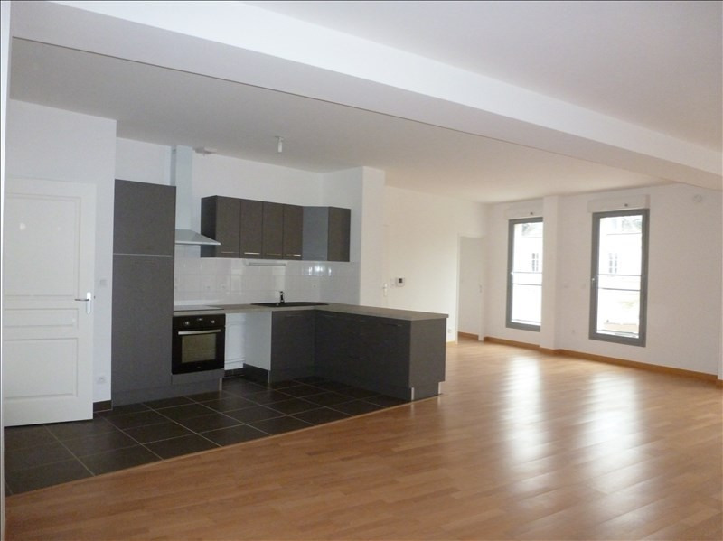 Location appartement Chatellerault 855€ CC - Photo 2