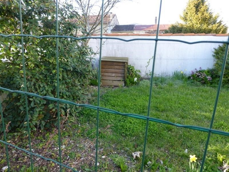 Rental house / villa St jean d angely 591€ CC - Picture 4
