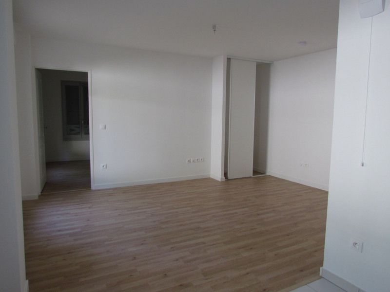 Rental apartment Joinville le pont 1 047€ CC - Picture 5