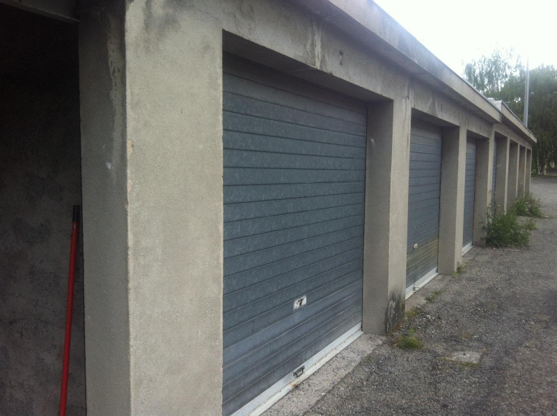 Rental parking spaces Eybens 65€ CC - Picture 1