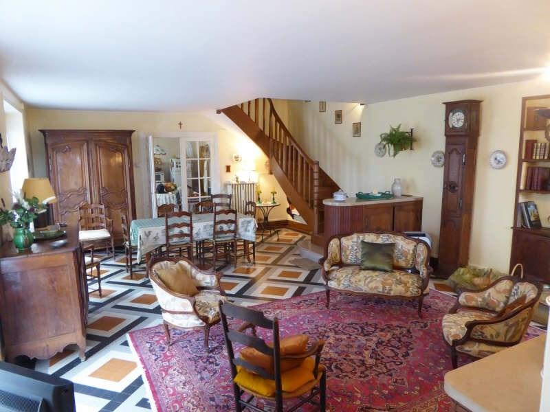Sale house / villa Maurepas 429999€ - Picture 2