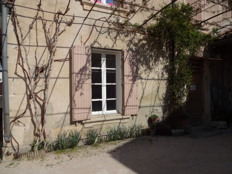 Location appartement Entraigues sur la sorgue 460€ CC - Photo 1