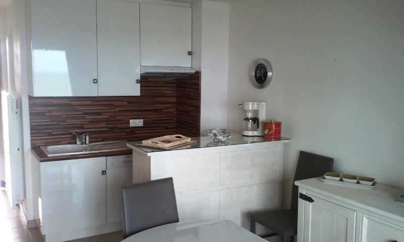 Vacation rental apartment Tharon plage 411€ - Picture 3